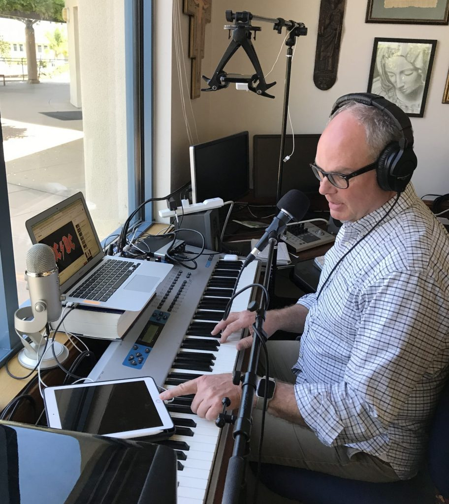 Bill Clemmons teaching music classes online.